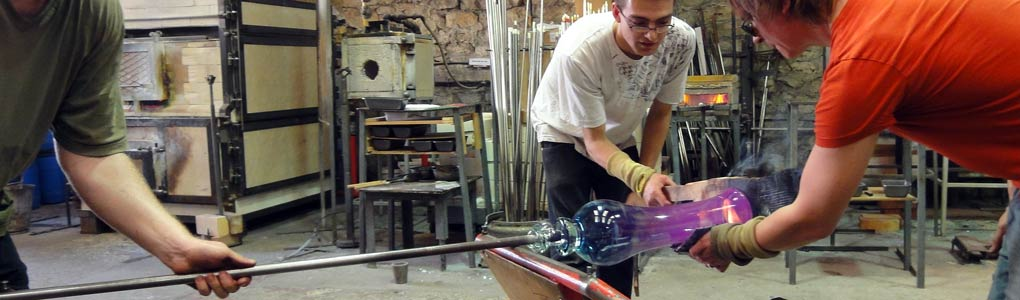 Watch Glassblowing Live in the City of Bath seven days a week
