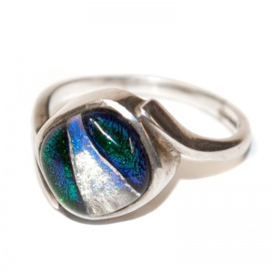 Ashes into Jewellery - Silver & Dichroic Glass Twisted Ring